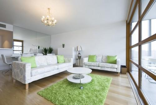 Luxusní interiérový koberec s dlouhým vlasem, zdroj: shutterstock.com