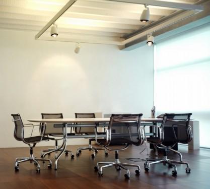 Vertikální interiérové žaluzie, zdroj: shutterstock.com