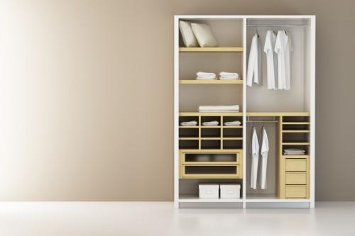 Rozložení vestavné skříně upravíte na míru vašim požadavkům, zdroj: shutterstock.com