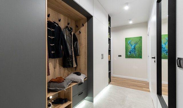 vestavěné skříně do předsíně